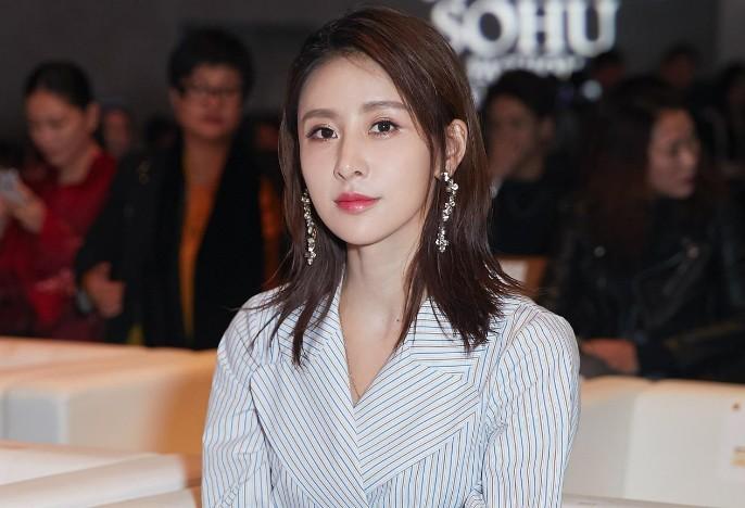 演员贾青真正的老公是谁 贾青的热度为什么一直不高